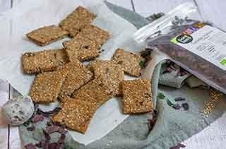 Crackers au sésame et aux algues