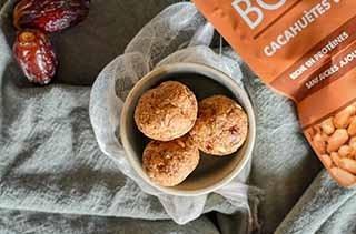 Bouchées crues express à la cacahuètes