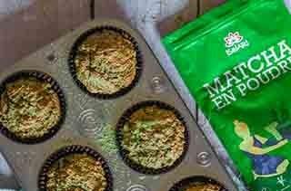 Muffins au thé matcha et noix de coco